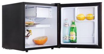 Холодильник TESLER RC-55 Wood